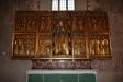 Altarskåpet från c:a 1480 är ett välbevarat Lübecksarbete.