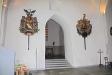 I nordvästra hörnet av kyrkan finns en orgelfasad som hört till en Chaman-orgel från 1700-talet.