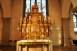 Altaruppsatsen från1661 är ett verk av tyske bildhuggaren Markus Hebbel