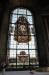 Grisaillemålningar med bibliska motiv på baserna till de målade pelarna. Djupverkan!