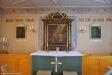 Altartavlan från 1668 är från gamla kyrkan