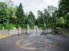 Sagerska släkt/familjen har en egen kyrkogård på kyrkogården på hedersplats vid kyrkan.