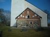 I vapenhuset finns en runsten från 1000-talet