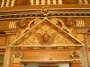 Prydnad ovanför dörren till sakristian