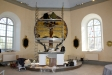 Altaret och koret var inte färdigt vid mitt besök.