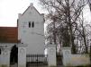 Ingången till Gylle kyrka.