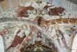 Korets kryssvalv livliga bilder på apostlarna. Petrus med nyckel till vänster.