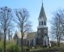 Vallöses kyrka en en forårsdag i 2012