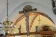 Triumfkrusifixet från 1400-talet. Se rövaren till vanster