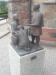 Staty ´Den förlorade sonen´ utanför kyrkan.