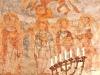 Maria med några apostlar. Kanske Johannes Paulus och Petrus. Foto Stig Alenäs