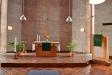 Koret med ambo/predikstol och en mindre dopfunt