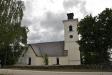 Kyrkan sedd från vägen