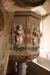 Den vackra predikstolen är från 1600-talet.