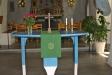 Ett altarbord av trä