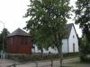 Liten kyrka med liten klockstapel