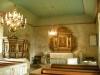 Altaruppsatsen från sent 1600-tal har plockats ner
