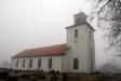 Broddetorps kyrka från sydost. Foto: (c) Kerstin Pilblad 2011.