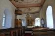 I koret finns två kyrkvärdsbänkar