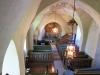Översiktsbild från orgelläktaren i det lilla kyrkorummet.
