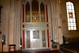 Kyrkan har två orglar