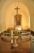 Altare i sidoarmen med textil av Hans Krondahl