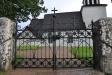 Dörren från vapenhuset in till kyrkan