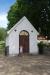 Ett fint kapell utanför Öljehults kyrkogårdsmur