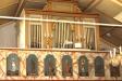 Läktarbarriären är smyckad med målningar från 1781.