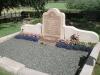 Författarinnan Birgit Th. Sparres grav på kyrkogården.