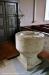 Dopfunten av sandsten är daterad till 1100-talet