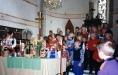 Gudstjänst med medverkan av glada barn.Foto:Bernt Fransson