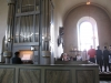Södra korsarmen är inred som ett kapell med en ny dopfunt i trä från 1992. maj 2009