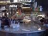 Mona sköter caféet med mycket värme
